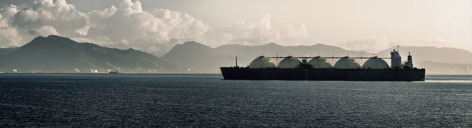 Asia's Big LNG Buyers Need More Contracts: WoodMac